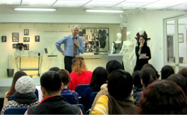 LONDON COLLEGE FOR FASHION STUDIES START THE SPRING TERM 2012 SUCCESSFULLY0.11095699084207955
