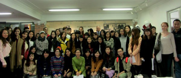 LONDON COLLEGE FOR FASHION STUDIES START THE SPRING TERM 2012 SUCCESSFULLY0.6914049656350149